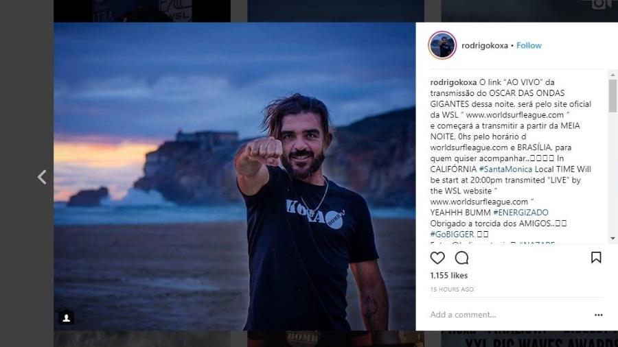 Rodrigo Koxa bateu o recorde da maior onda já surfada na história - Reprodução