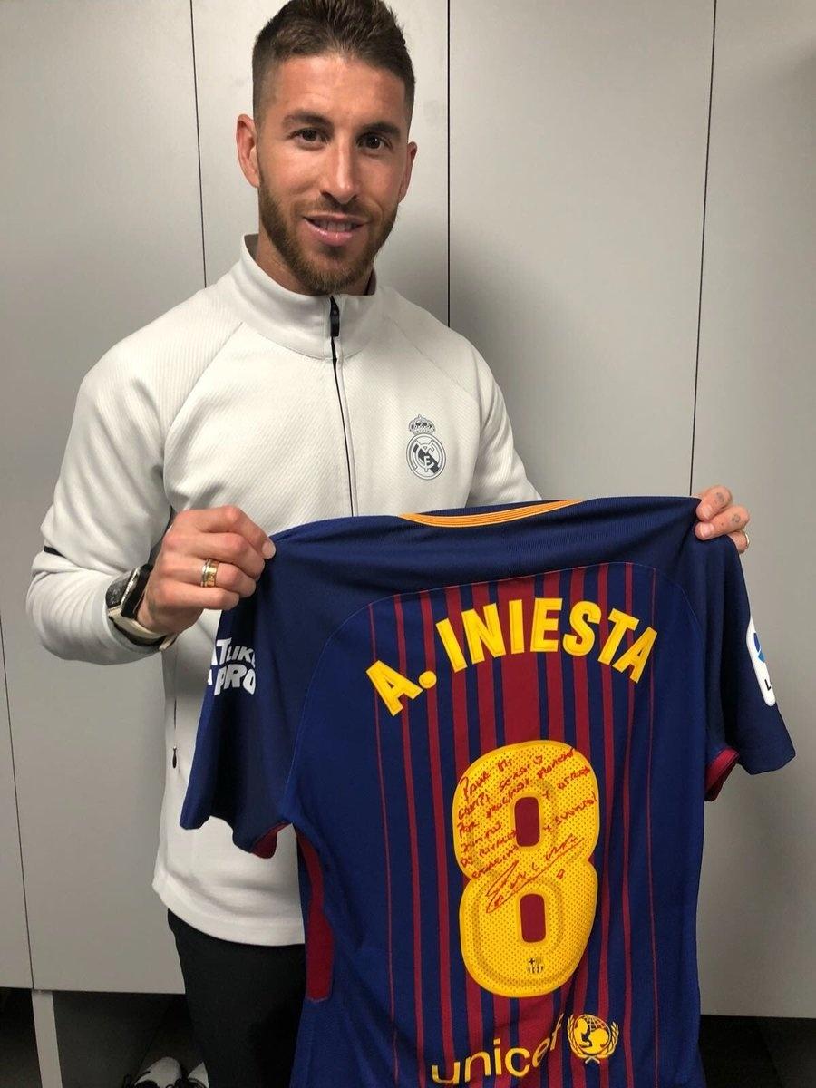 Sergio Ramos Iniesta camisa Barcelona