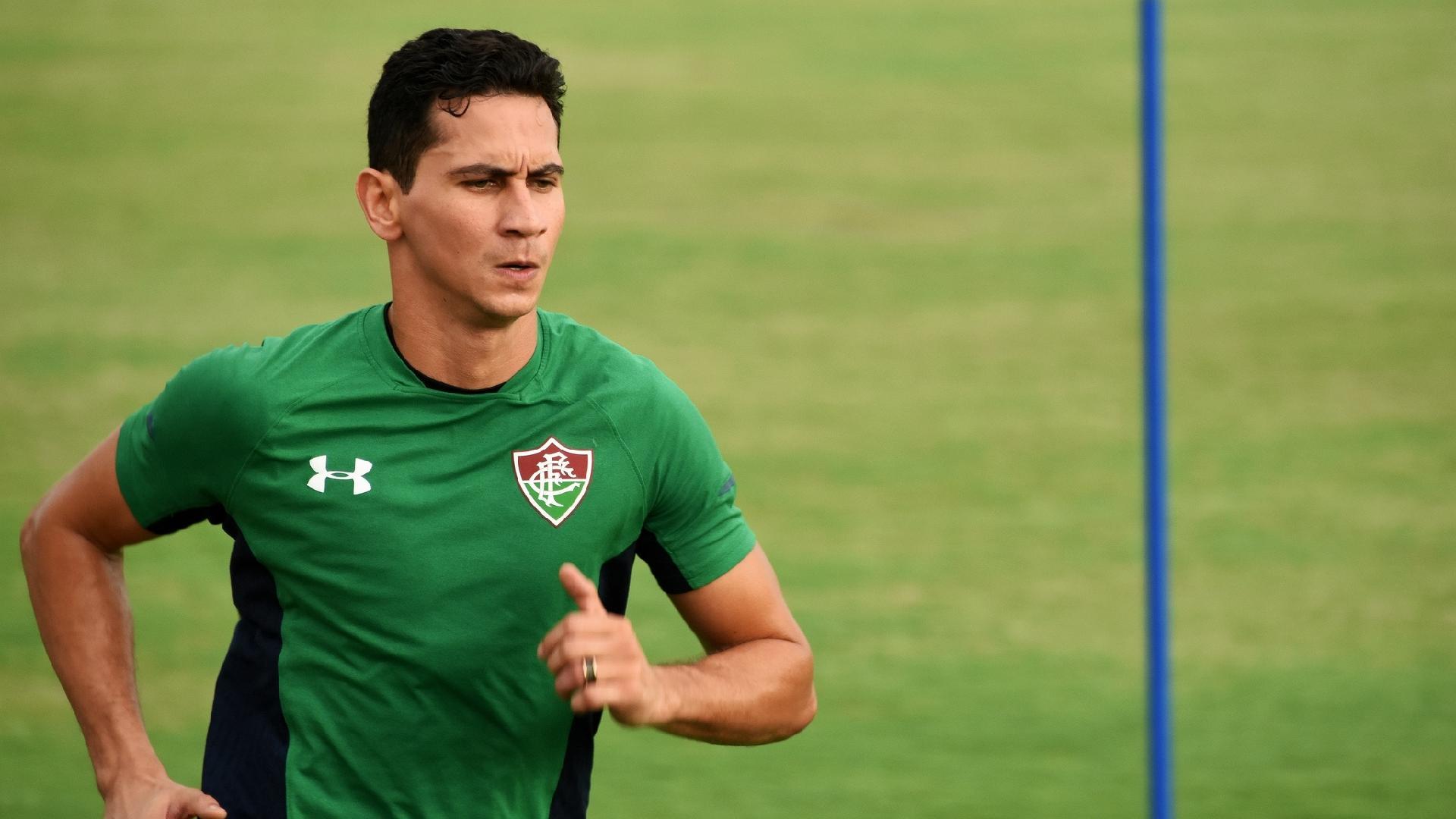 Paulo Henrique Ganso corre em treinamento no Fluminense