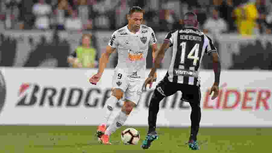 Atlético-MG e Botafogo se enfrentam pela quarta vez em 2019 - Thiago Ribeiro/AGIF