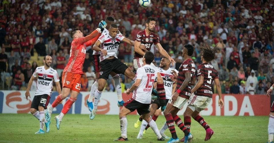 6 - 62.541 pessoas - Flamengo 0 x 0 São Paulo - 28/09 - Brasileirão - 22ª rodada