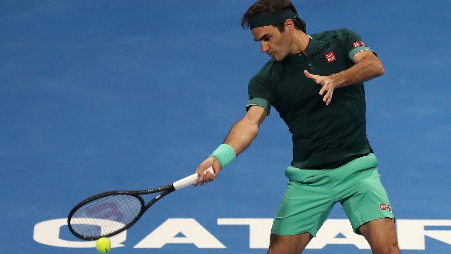 Roger Federer nas oitavas de final do ATP 250 de Doha em 2021 - Getty Images