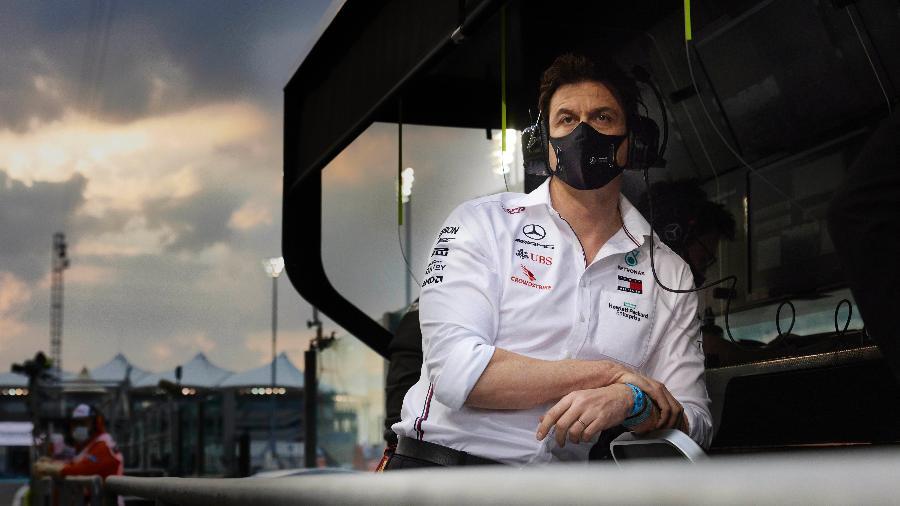 Toto Wolff é chefe da equipe Mercedes desde 2013 e venceu sete títulos mundiais à frente do time - Steve Etherington/Mercedes