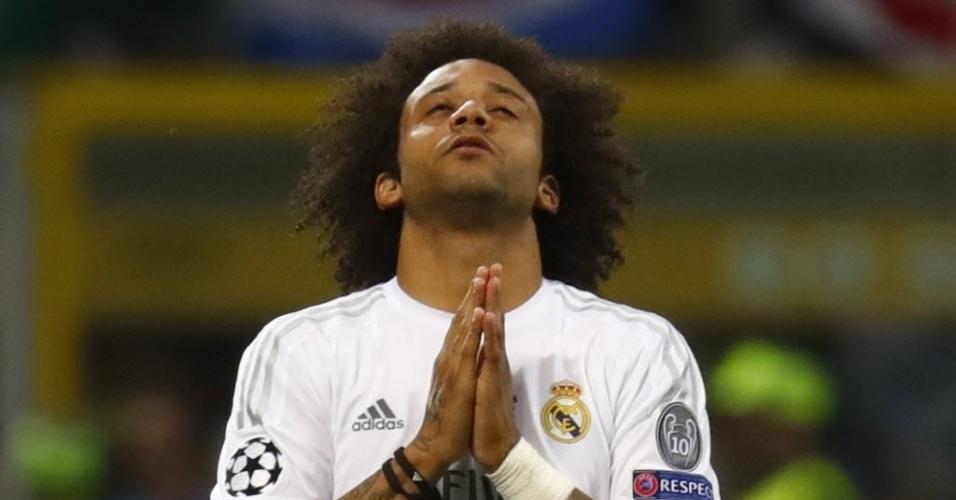 Marcelo pede proteção divina antes do segundo tempo entre Real Madrid e Atlético de Madri na final da Liga dos Campeões