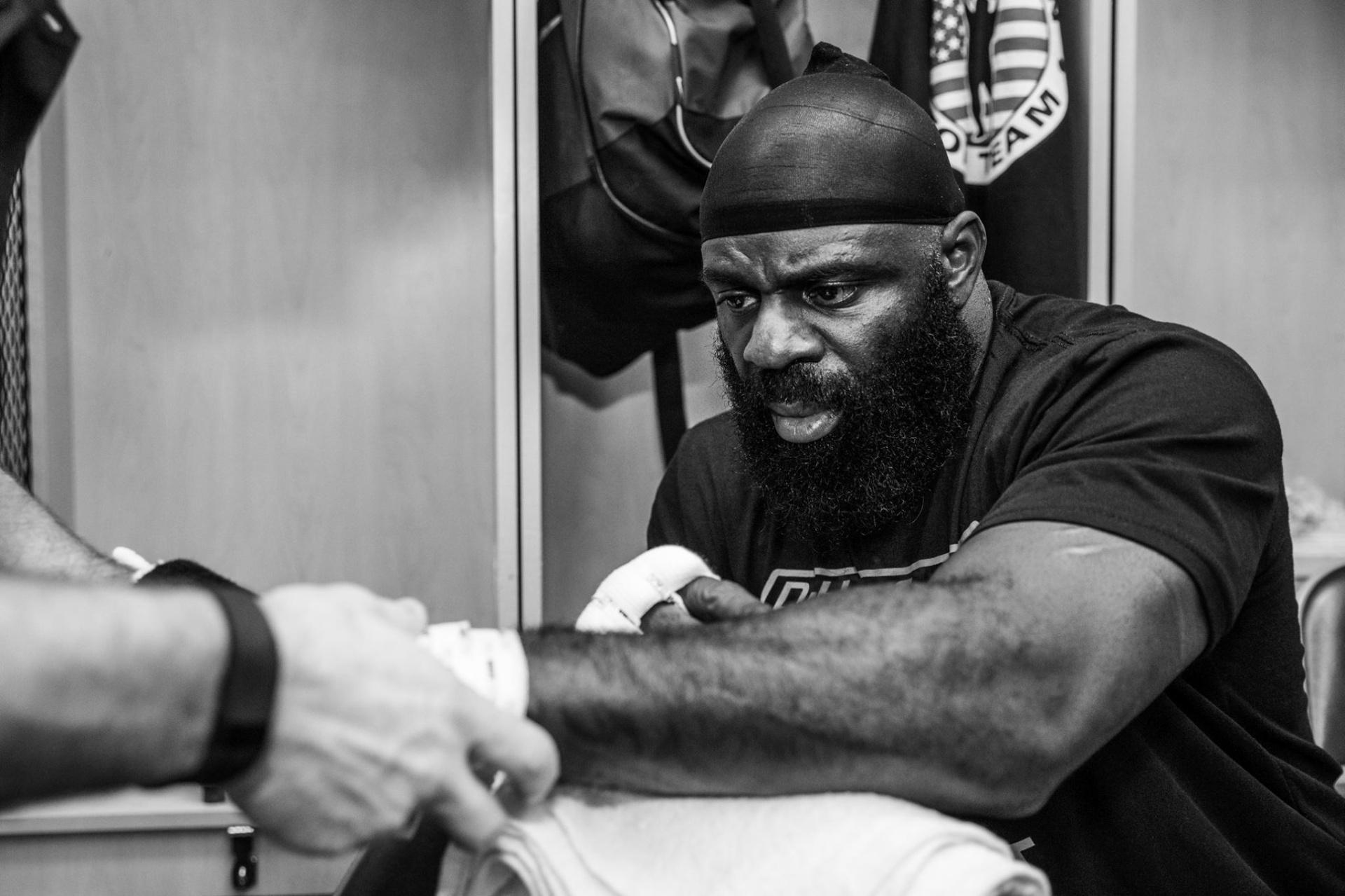 Kimbo Slice se prepara para o combate no Bellator
