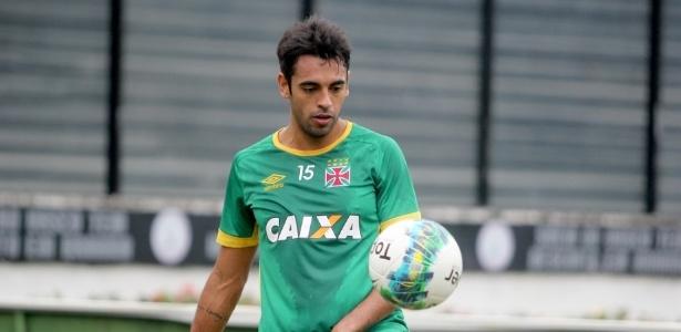 Junior Dutra em treinamento do Vasco