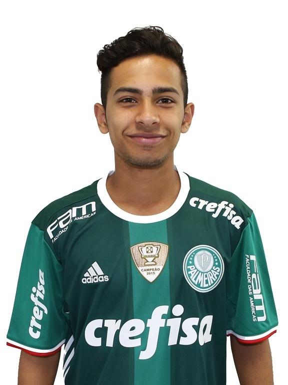 Alan Guimarães, meia sub-17 do Palmeiras