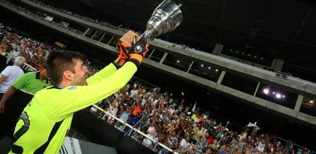 Júlio César foi titular durante toda Taça Guanabara 4422824de12c8