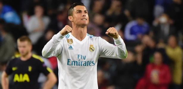 Cristiano Ronaldo manifestou apoio às vítimas dos incêndios - Pierre-Philippe Marcou/AFP