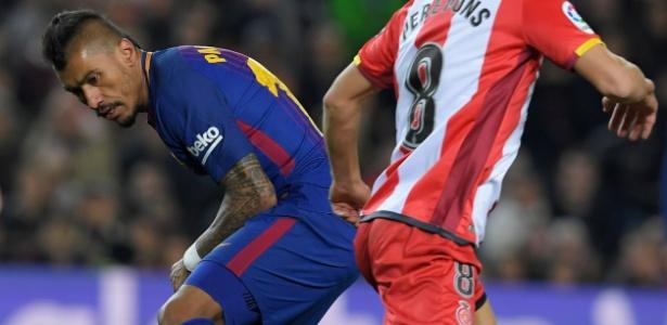 Paulinho começa o duelo decisivo contra o Chelsea no banco de reservas