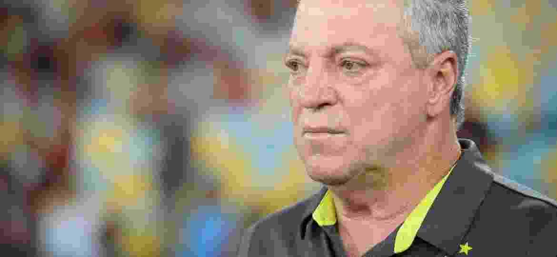Abel Braga vem aproveitando situações de troca de jogadores para melhorar relação de atletas com as arquibancadas - Alexandre Vidal/Divulgação