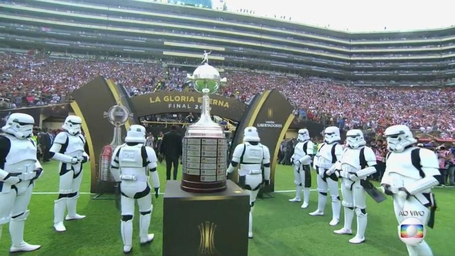 Stormtroopers, soldados da saga Star Wars, foram usados em ação promovida pela Disney - Reprodução/TV Globo