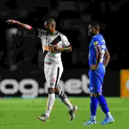 Guarín comemora gol do Vasco contra o Cruzeiro - Thiago Ribeiro/AGIF - Thiago Ribeiro/AGIF