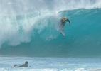 Etapa do mundial de surfe no Havaí é suspensa após surto de covid-19 - Koji Hirano/Getty Images