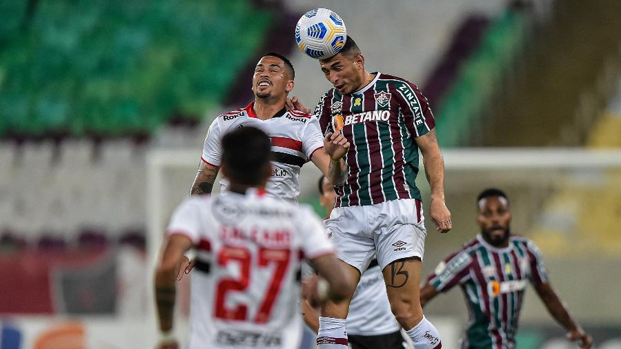 São Paulo perdeu por 2 a 1 para o Fluminense, no Maracanã - Thiago Ribeiro/AGIF