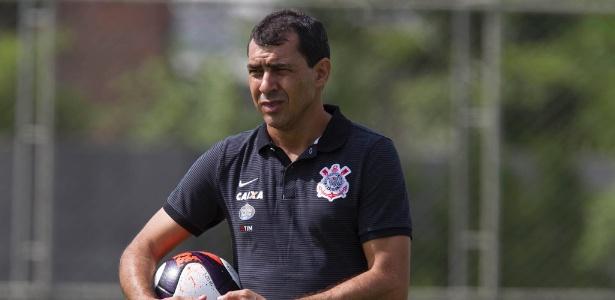Efetivado, Carille vai comandar o Corinthians na temporada 2017