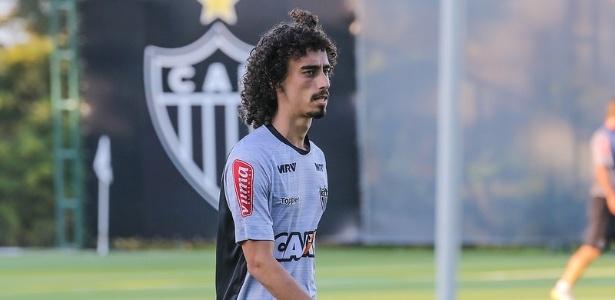 Meia será relacionado para jogo contra o Palmeiras no final de semana