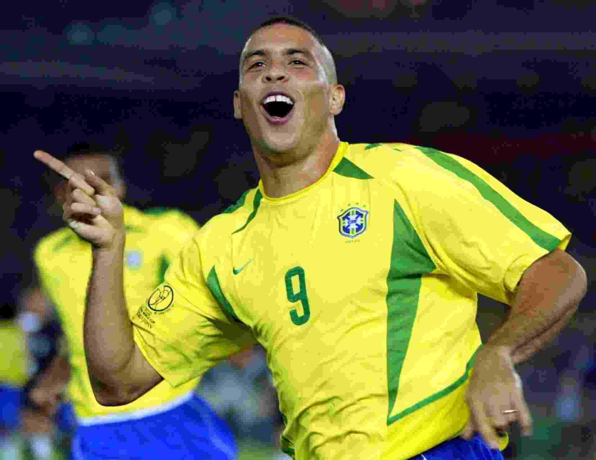 Ronaldo comemora o gol marcado contra a Alemanha na final da Copa do Mundo de 2002 - REUTERS/Dylan Martinez
