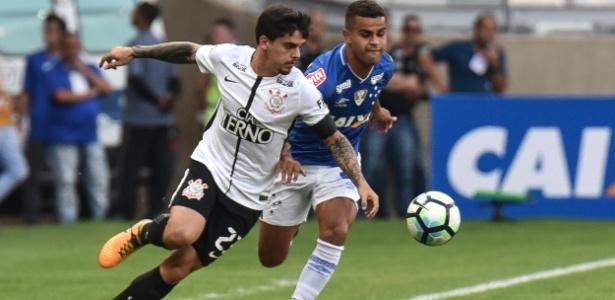 Fagner está no Corinthians desde 2013 e tem três títulos como alvinegro