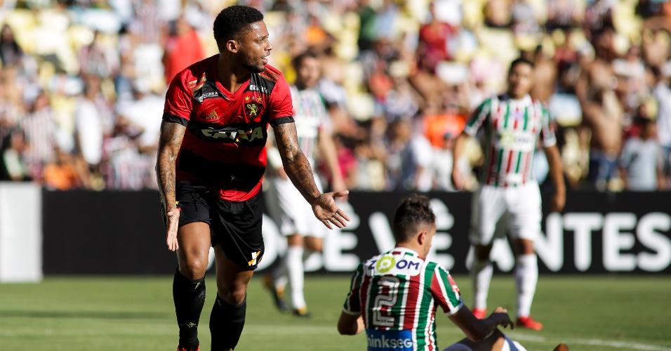 André comemora gol do Sport contra o Fluminense