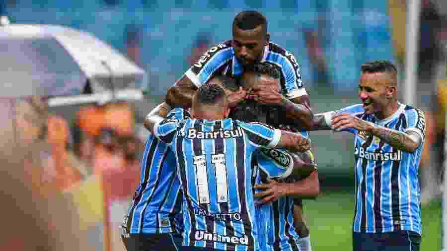 c5e9861263 Grêmio mantém série invicta no ano e aumenta média de gols por jogo