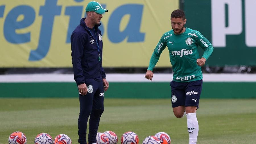 352c048140d71 Versatilidade de Zé Rafael convence torcida, mas não Felipão no Palmeiras