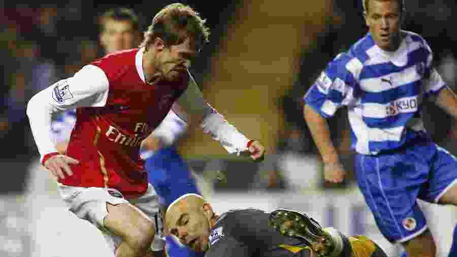 Hleb trocou o Arsenal pelo Barcelona em 2008 - Reuters