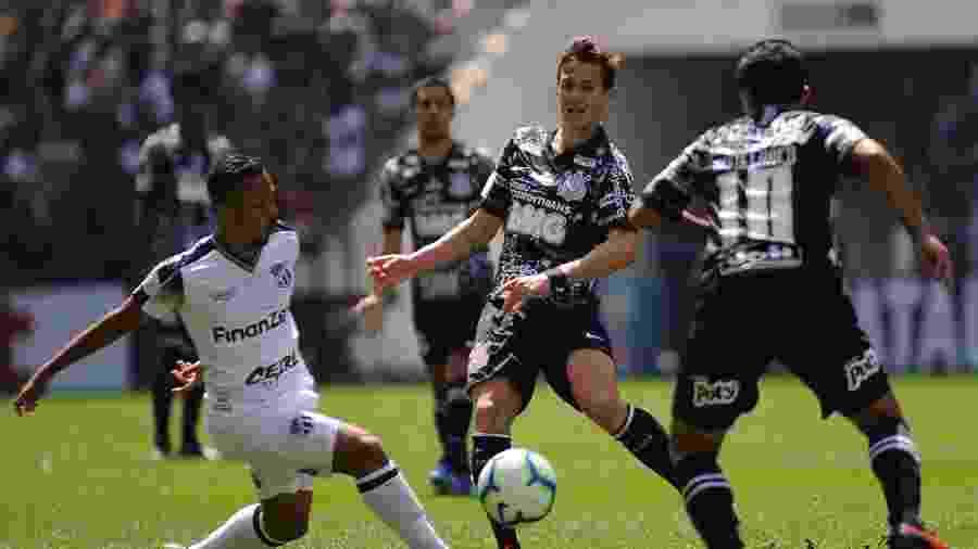 Ceará tem jogo decisivo contra o Corinthians na Arena Castelão - Alan Morici/AGIF