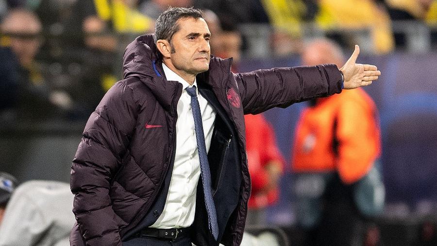 Ernesto Valverde comanda o Barcelona contra o Borussia Dortmund - Marius Becker / dpa / AFP