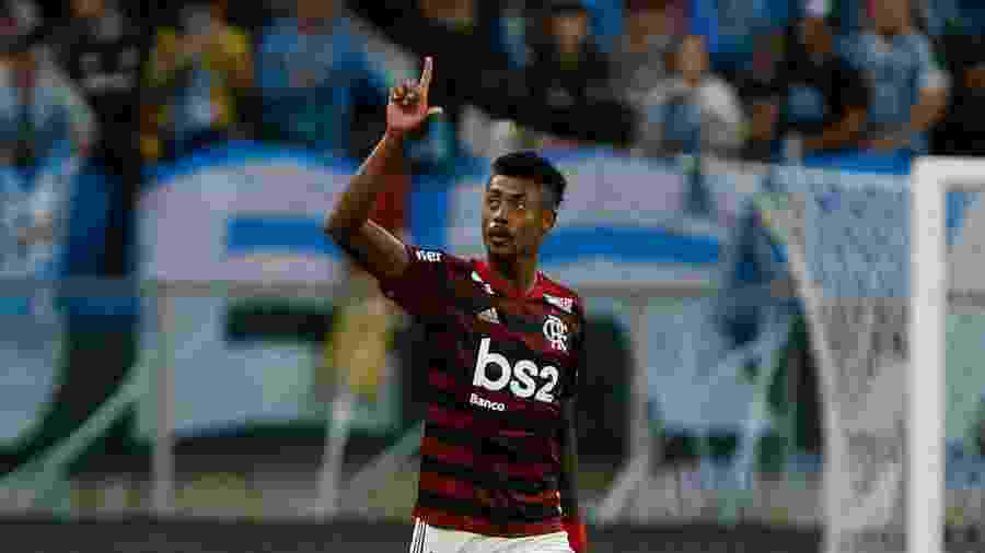 Bruno Henrique comemora gol do Flamengo contra o Grêmio - Jeferson Guareze/AGIF