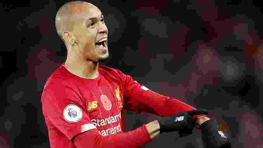 Fabinho comemora ao marcar o primeiro gol do Liverpool contra o Manchester City - Carl Recine/Reuters