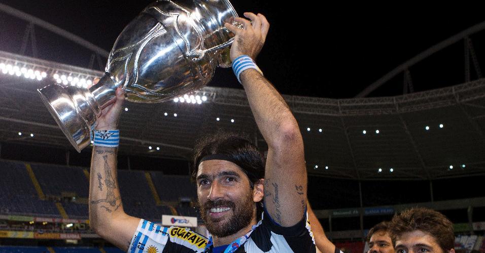 Loco Abreu comemora título no Botafogo