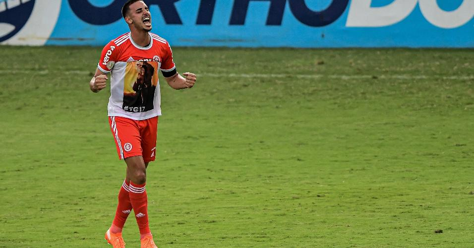 Thiago Galhardo, atacante do Internacional, comemora gol marcado sobre o Vasco pelo Brasileirão 2020