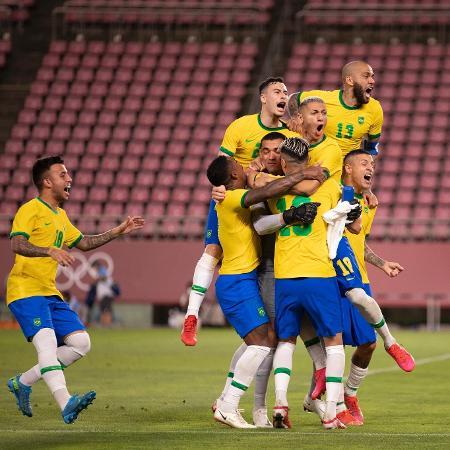 Jogadores da seleção brasileira comemoram classificação para a final olímpica - Lucas Figueiredo/CBF