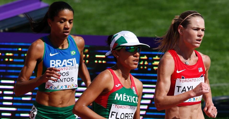 Juliana dos Santos na prova dos 5.000m feminino. Brasileira conquistou a medalha de ouro