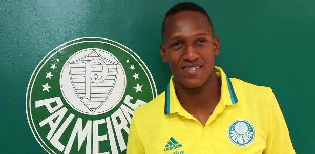 Mina assinou contrato de cinco anos com o Palmeiras