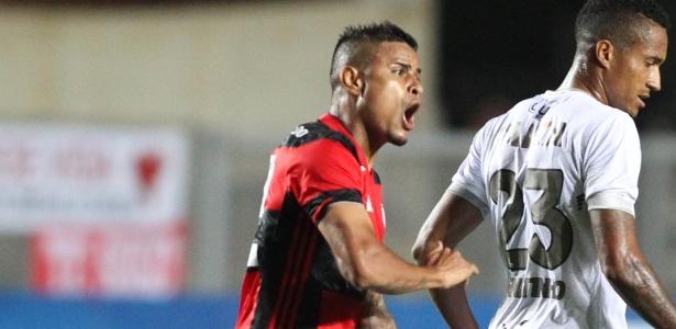 O meia Everton segue no Flamengo até o final de 2019: contrato renovado na Gávea