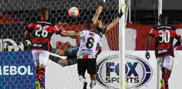 Muralha, do Flamengo, não consegue evitar gol do Palestino na Sul-Americana - VANDERLEI ALMEIDA/AFP