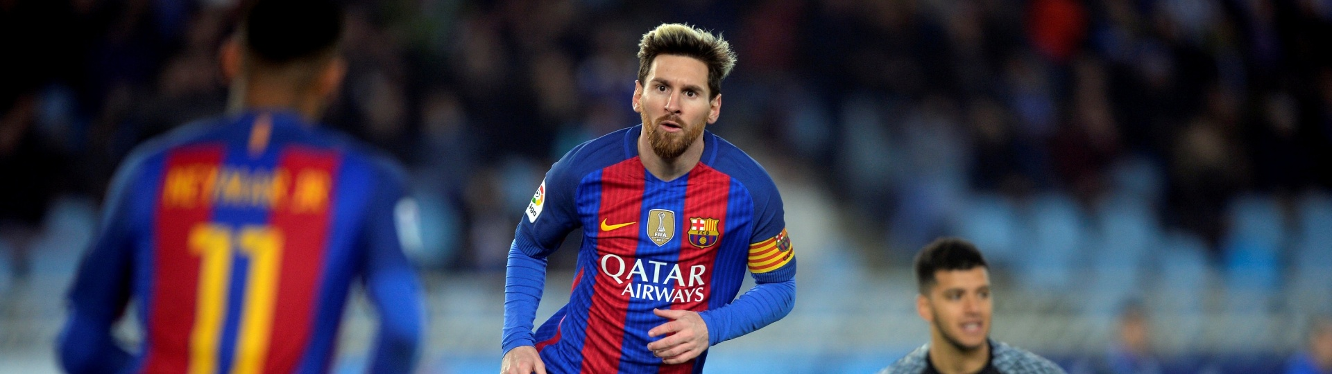 Messi comemora gol para o Barcelona contra a Real Sociedad