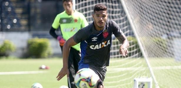 Henrique, lateral esquerdo do Vasco