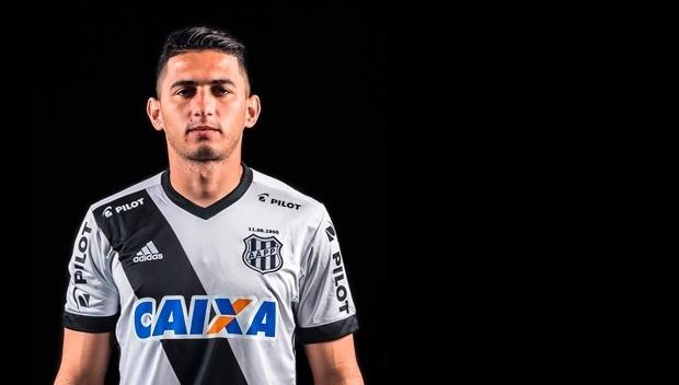 Danilo Carvalho Barcelos, lateral da Ponte Preta