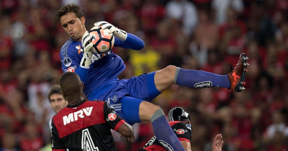 Goleio César, do Flamengo