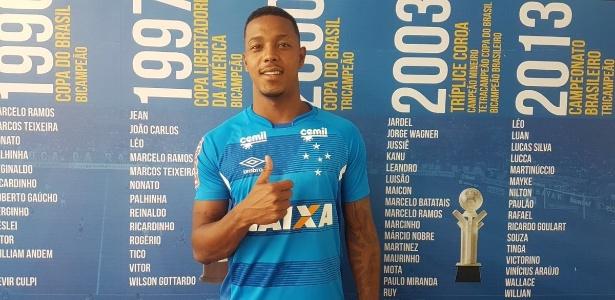 Aos 22 anos, David custou R$10 milhões e assinou por cinco anos com o Cruzeiro