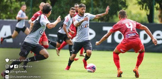O Atlético-MG venceu o Guarani, de Divinópolis, em jogo treino realizado na Cidade do Galo