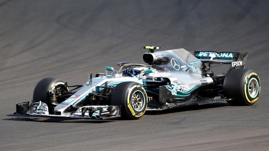 Valtteri Bottas mudou o motor e por isso foi punido - Bernadett Szabo/Reuters