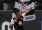 Barrios custou caro e saiu contrariado, mas mantém boa relação no Palmeiras - REUTERS/Paulo Whitaker