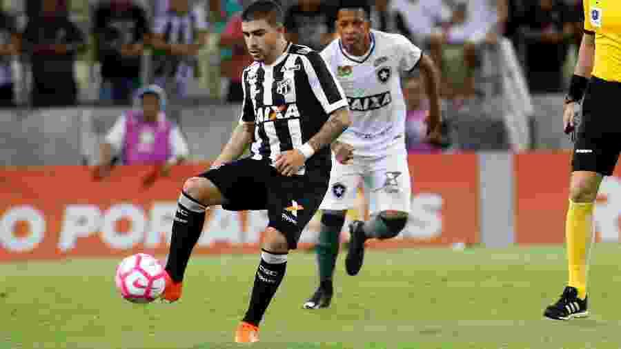 Ceará e Botafogo em confronto no Castelão, pelo Campeonato Brasileiro do ano passado - LC MOREIRA/ESTADÃO CONTEÚDO
