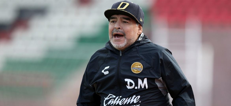 Diego Maradona saiu do hospital neste domingo - Refugio Ruiz/Getty Iamges