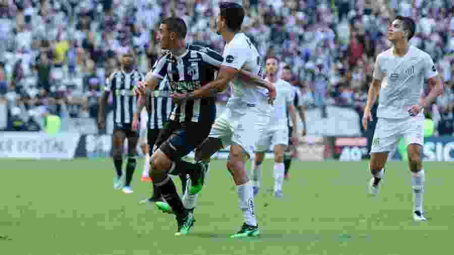 Ceará vem de derrota para o Santos e tenta se recuperar na Arena Castelão - Pedro Chaves/Agif