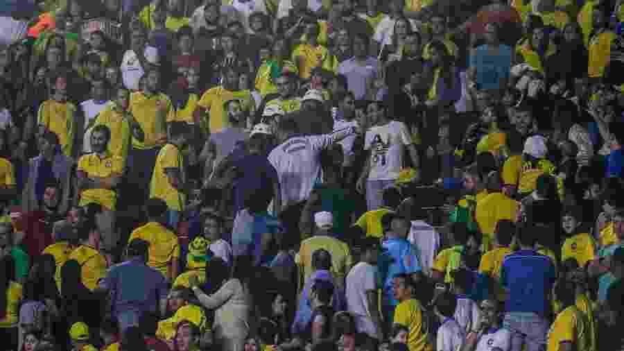 Policiais na torcida durante Brasil x Bolívia na estreia da Copa América, no Morumbi - Lucas Lima/UOL